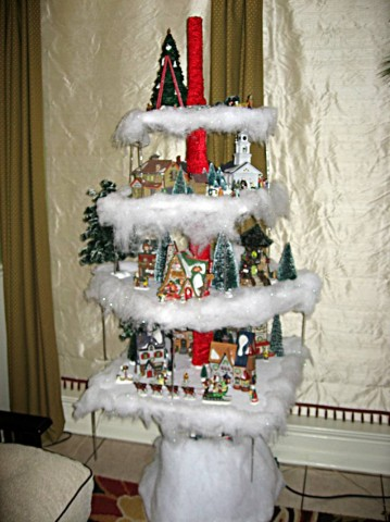 Look At That! Shelf Christmas Tree