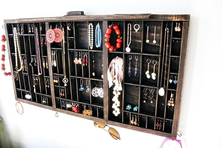 Q & A: Beyond the Box Jewelry Displays