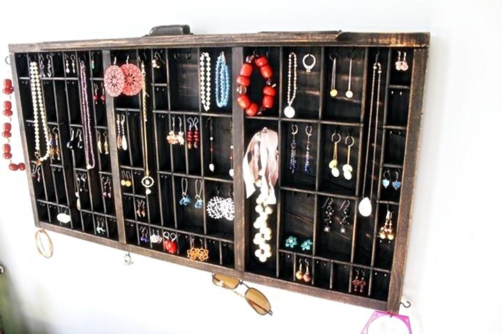 Q & A: Beyond the Box Jewelry Displays